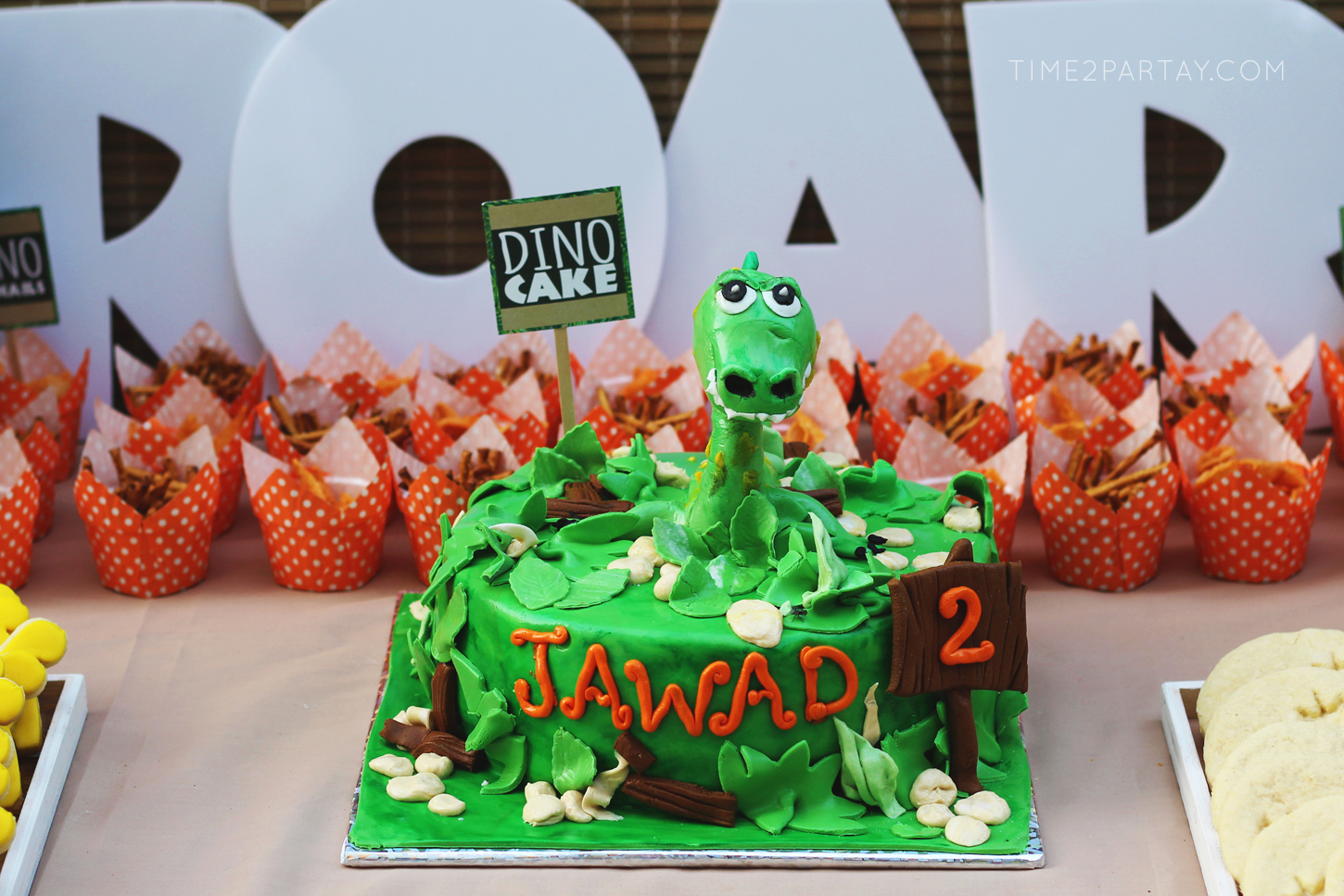 Dinosaur-Themed-Birthday-Party_13