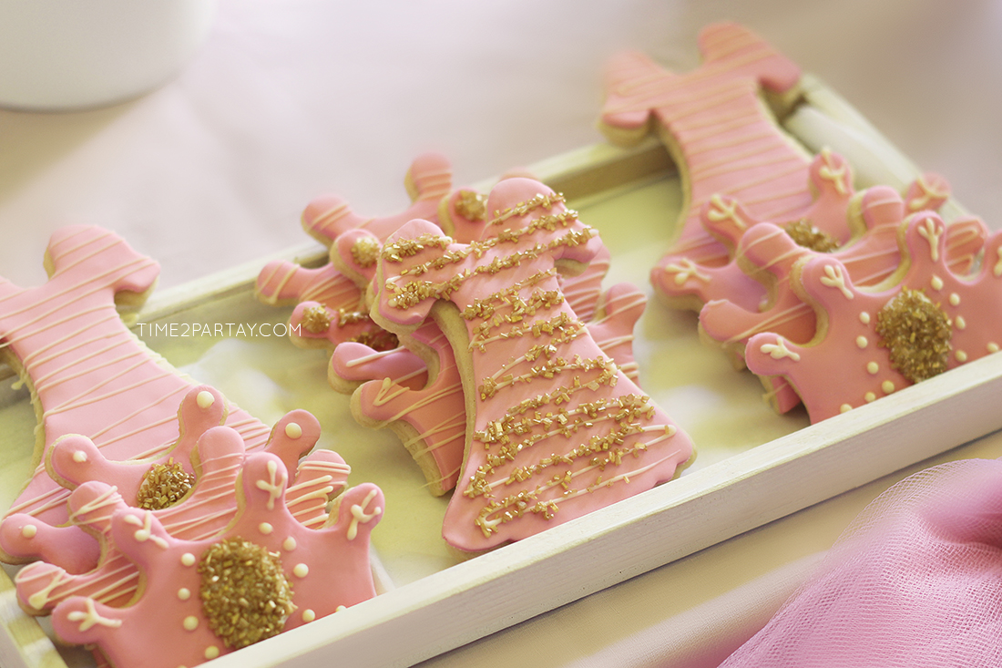 time2partay.com: Pink and Gold Princess Themed Birthday
