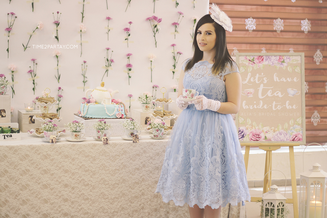 Alia s afternoon tea bridal shower for Bridal shower kitchen tea ideas fashion